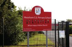 school sign makers in uk