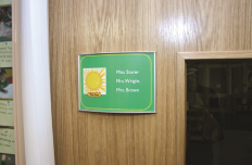school signs makers in uk