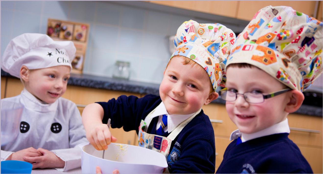 school photography students baking